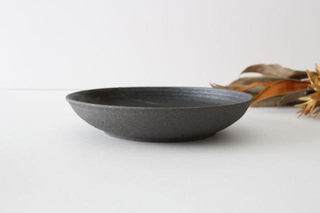 7寸リム皿 黒 陶器 寺田昭洋 画像2