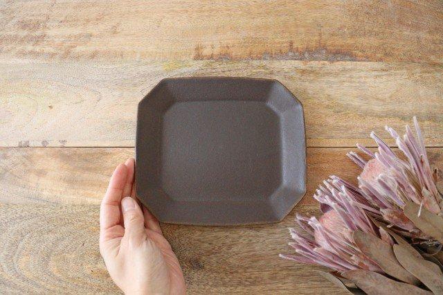 錆釉 8角ケーキ皿 陶器 古谷製陶所 画像4
