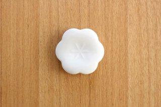 美濃焼 コトハナ 箸置き 黄梅 白 磁器商品画像