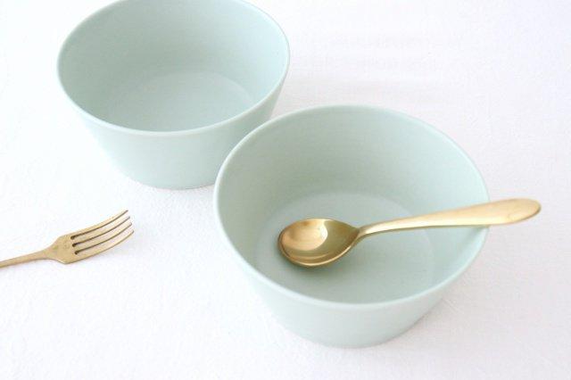 flat bowl ペールブルー 磁器 KANEAKI SAKAI POTTERY 画像6