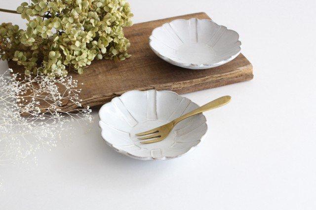 美濃焼 モチーフ ガーベラ 4寸皿 陶器