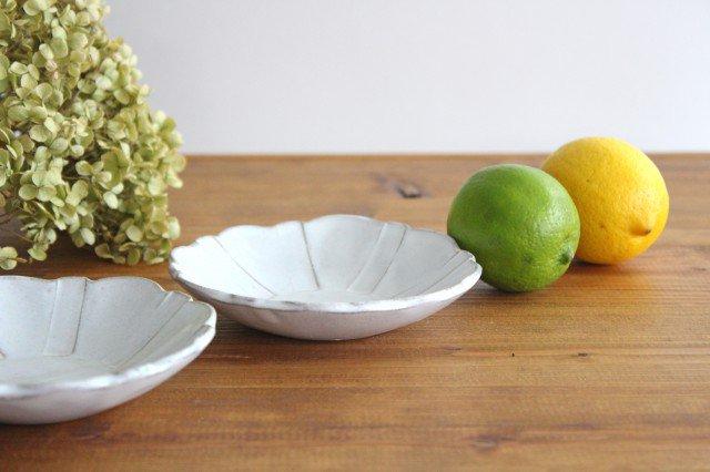 美濃焼 モチーフ ガーベラ 4寸皿 陶器 画像3
