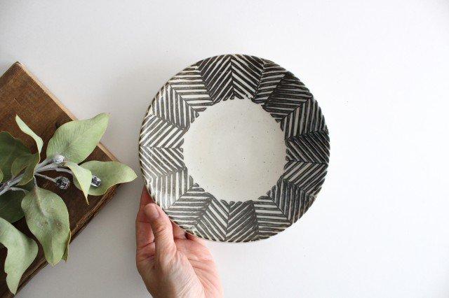 波佐見焼 ORIME ヘリンボーン 6寸丸皿 ブラウン 陶器  画像5