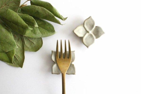 箸置き 白 陶器 笠原良子商品画像