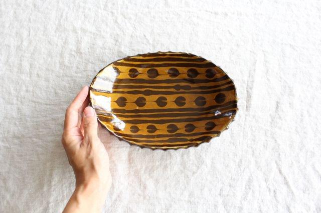 ハートボーダー オーバル皿 うす飴 陶器 佐川義乱 画像5