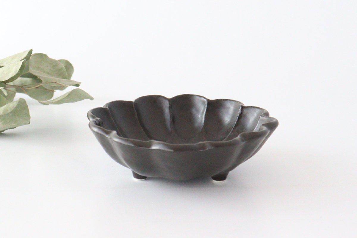 美濃焼 菊花 6寸鉢 黒 磁器
