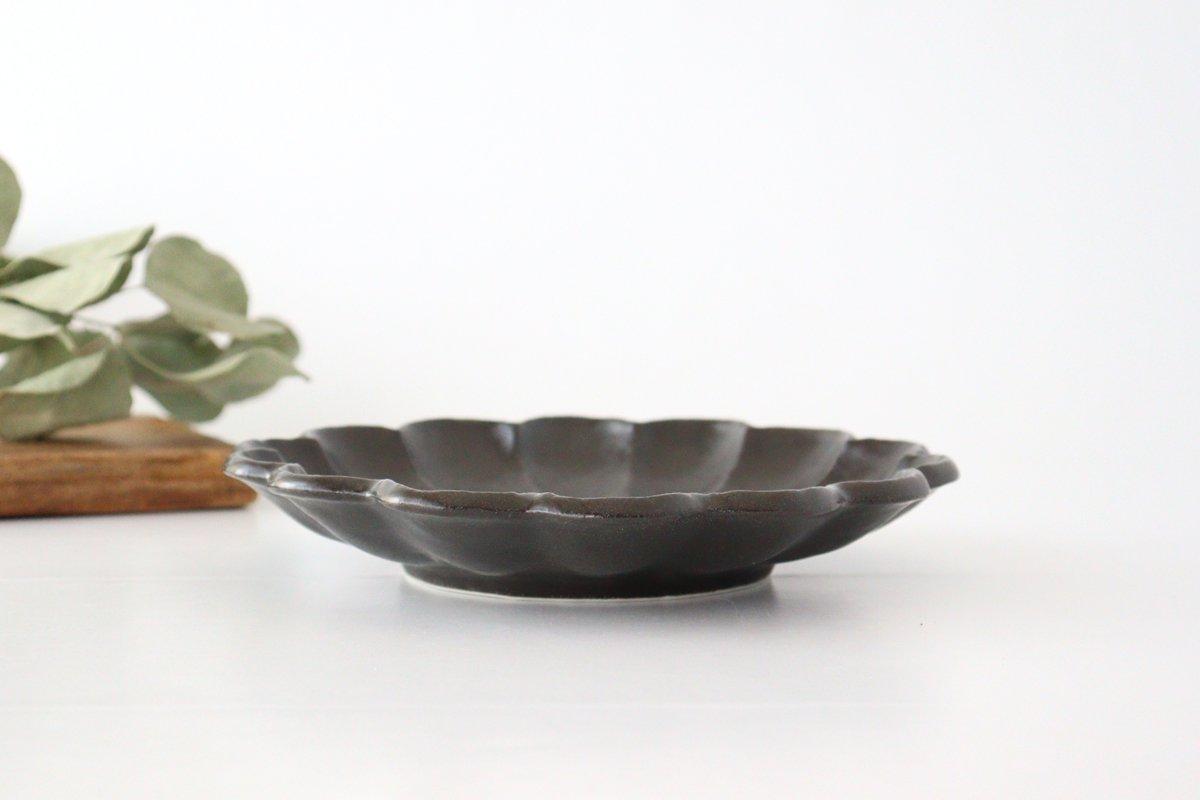 美濃焼 菊花 7寸皿 黒 磁器 画像2