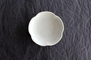 豆皿 土灰 梅 磁器 東屋商品画像