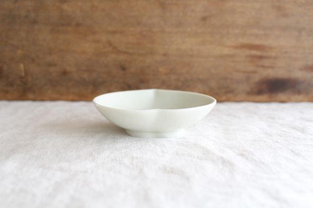 豆皿 土灰 桃 磁器 東屋 画像2