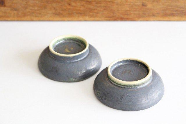 型打ち小鉢 鉄色 陶器 石井ハジメ 画像3