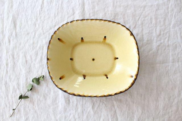 スリップウェア 楕円鉢 キャメル ドット 陶器 柳瀬俊一郎