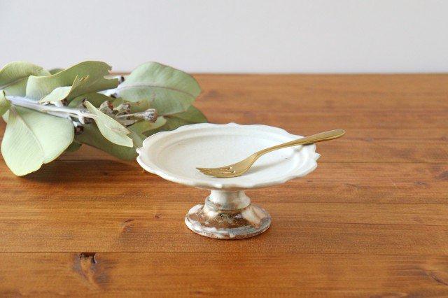 鉄散 彫刻高台皿 陶器 古谷製陶所
