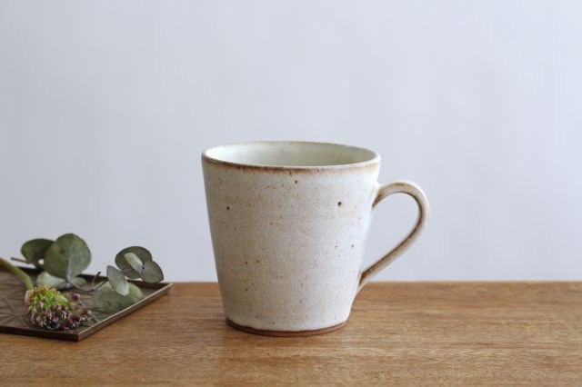 マグカップ 白 陶器 鯨井円美 画像3