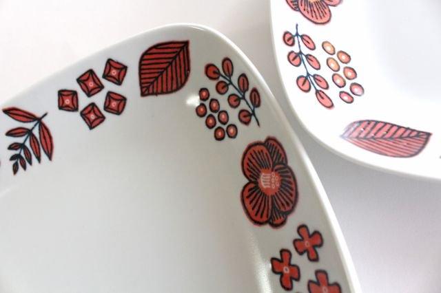 波佐見焼 Wreath On The Table レクタングルプレート レッド 磁器 画像2