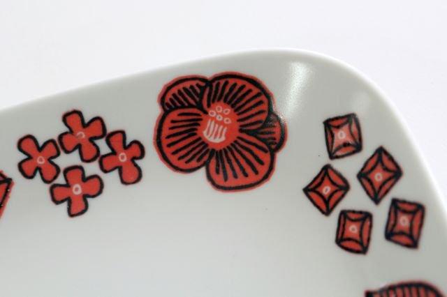 波佐見焼 Wreath On The Table スクエアプレート レッド 磁器 画像3