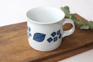 波佐見焼 Wreath On The Table マグカップ ブルー 磁器商品画像