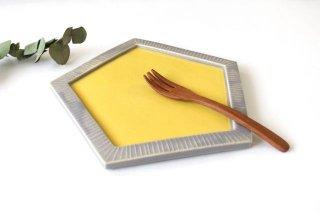 五角皿 momone 陶器商品画像