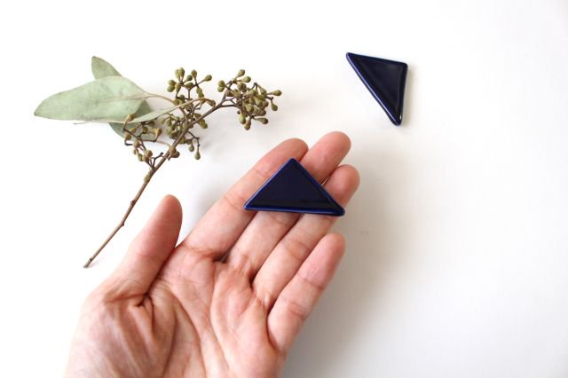 三角はしおき 瑠璃 陶器 momone 画像2