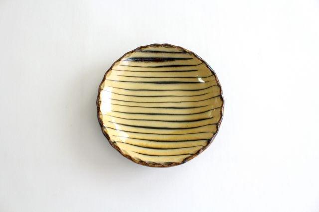 丸皿 中 ボアーズヘッド クリーム 陶器 紀窯