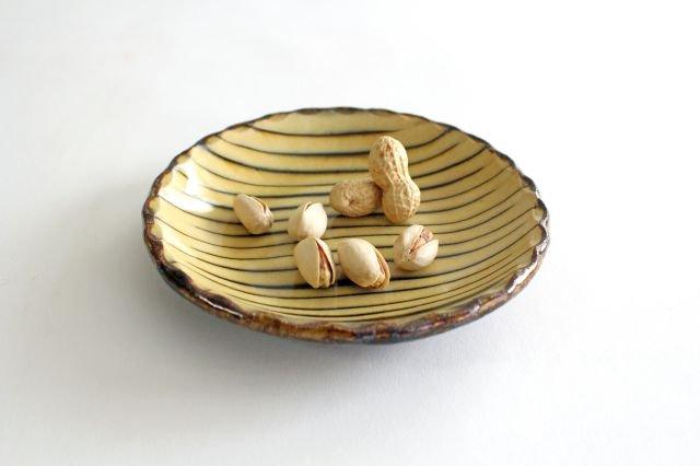 丸皿 中 ボアーズヘッド クリーム 陶器 紀窯 画像6