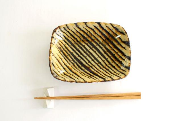 長角皿 フェザーコーム クリーム 陶器 紀窯 画像4