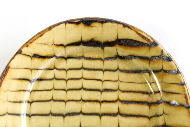 リム丸皿 豆 フェザーコーム クリーム 【A】 陶器 紀窯 画像5