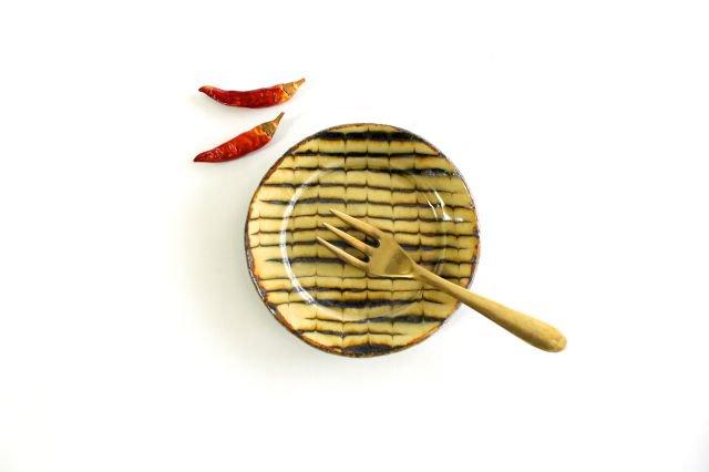 リム丸皿 豆 フェザーコーム クリーム 【A】 陶器 紀窯 画像6
