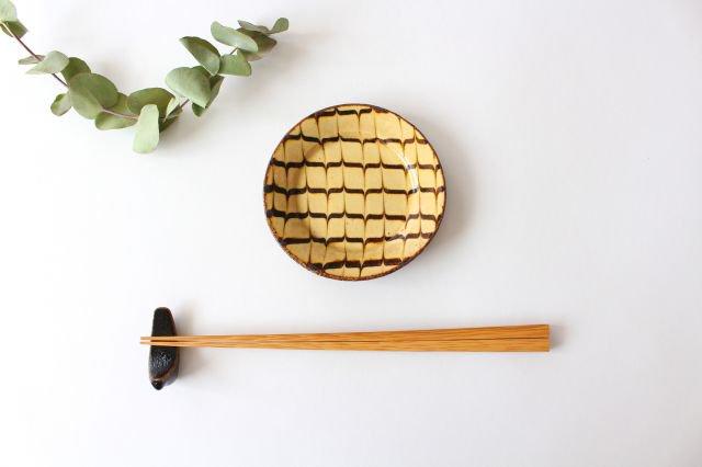 リム丸皿 豆 フェザーコーム クリーム 【B】 陶器 紀窯 画像4