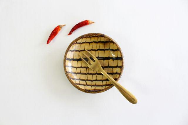 丸皿 豆 フェザーコーム クリーム 【B】 陶器 紀窯 画像5