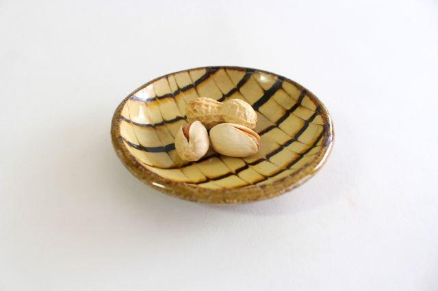 丸皿 豆 フェザーコーム クリーム 【B】 陶器 紀窯 画像6