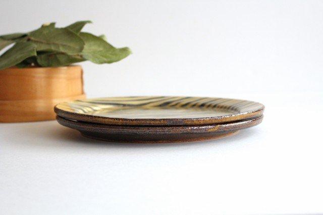 リム丸皿 大 ボアーズヘッド クリーム 陶器 紀窯 画像2