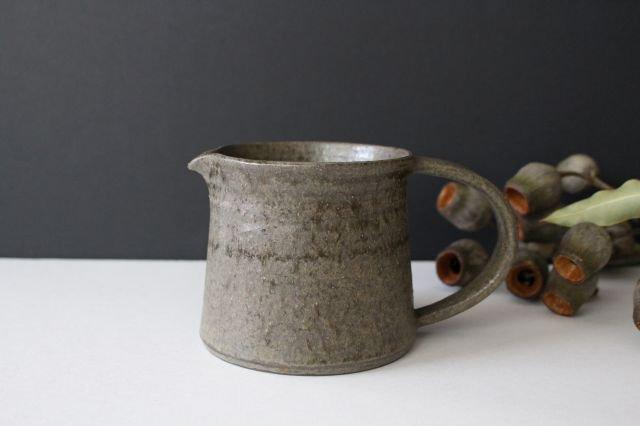 ピッチャー 柿灰 陶器 青人窯