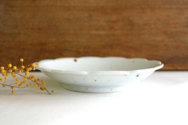 5寸花形型打ち皿 白磁 磁器 皐月窯 砥部焼 画像2