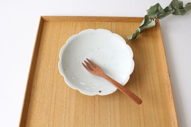 5寸花形型打ち皿 白磁 磁器 皐月窯 砥部焼 画像4