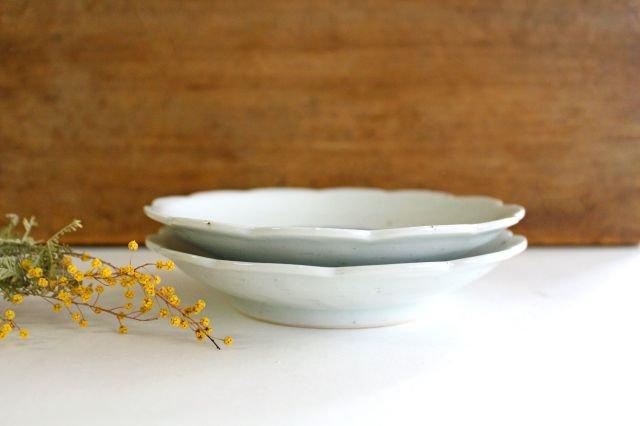 5寸花形型打ち皿 菊紋 磁器 皐月窯 砥部焼 画像5