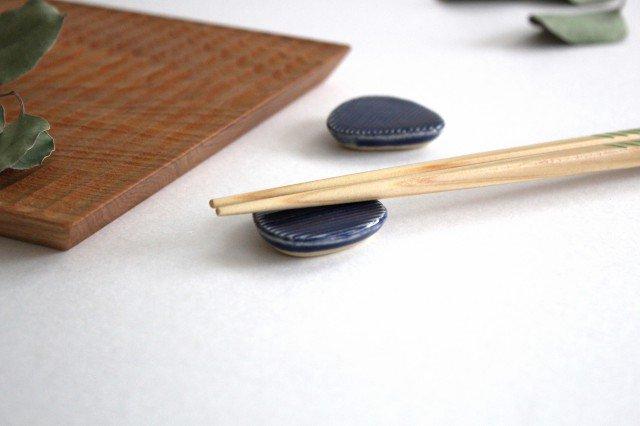 Niigataモチーフ箸置き おにぎり 灰るり 陶器 青人窯 画像3