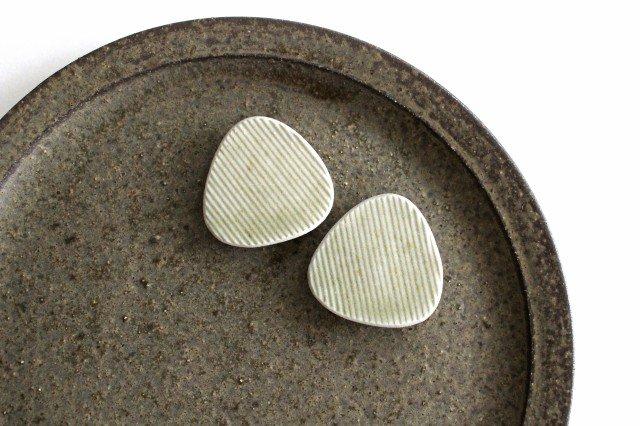 Niigataモチーフ箸置き おにぎり 魚沼緑灰 陶器 青人窯