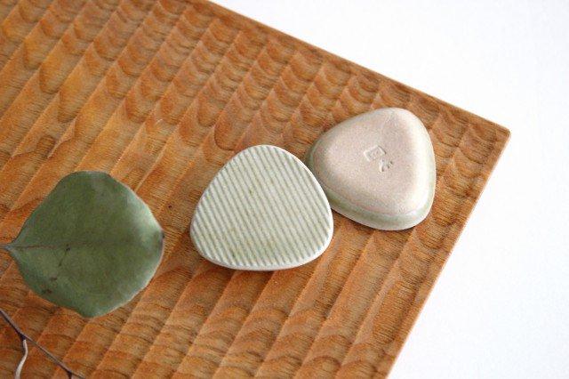 Niigataモチーフ箸置き おにぎり 魚沼緑灰 陶器 青人窯 画像3