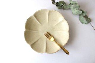 カスタードイエロー 輪花皿 陶器 レジーナ商品画像