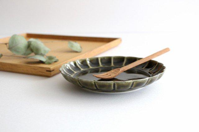 菊割5寸皿 オリーブ 磁器 皓洋窯 有田焼 画像2