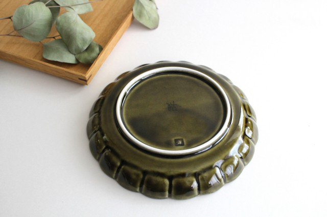 菊割5寸皿 オリーブ 磁器 皓洋窯 有田焼 画像3
