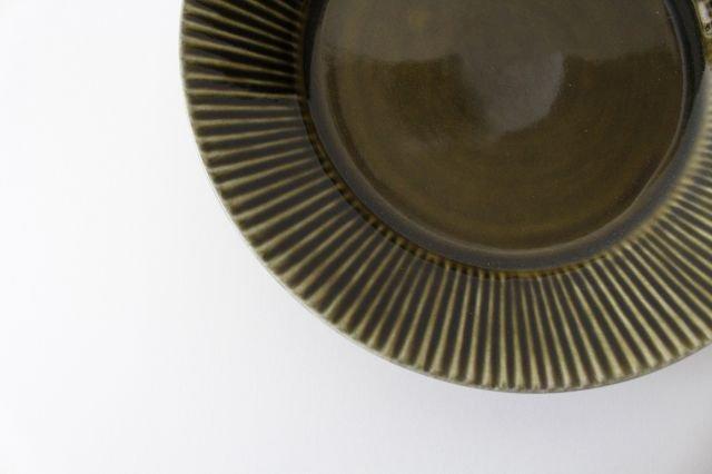 しのぎ7寸皿 オリーブ 磁器 皓洋窯 有田焼 画像3
