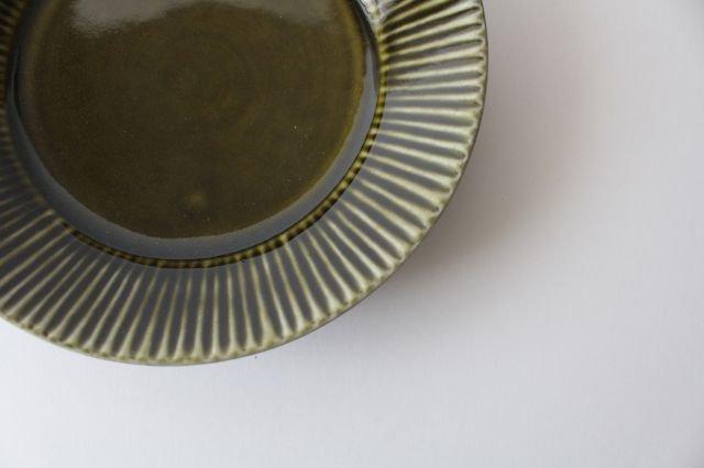 しのぎ5.5寸皿 オリーブ 磁器 皓洋窯 有田焼 画像3