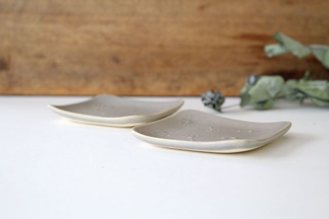 四角小皿 wa-ta-ge 陶器 momone 画像4