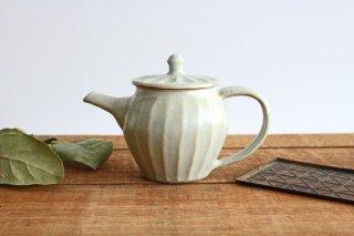 【一点もの】ポット 白 しのぎ 【A】 陶器 笠原良子商品画像