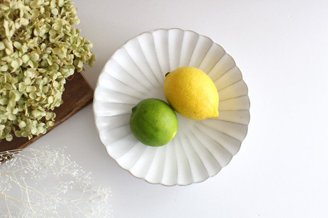 美濃焼 モチーフ 6寸輪花鉢 白 陶器 画像2