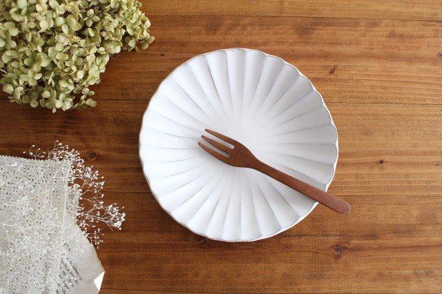 美濃焼 モチーフ マーガレット 6寸皿 陶器