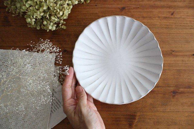 6寸輪花皿 白 陶器 モチーフ 美濃焼  画像4