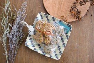 角皿 市松 グリーン 陶器 陶芸工房ももねり。 草なぎ桃江商品画像