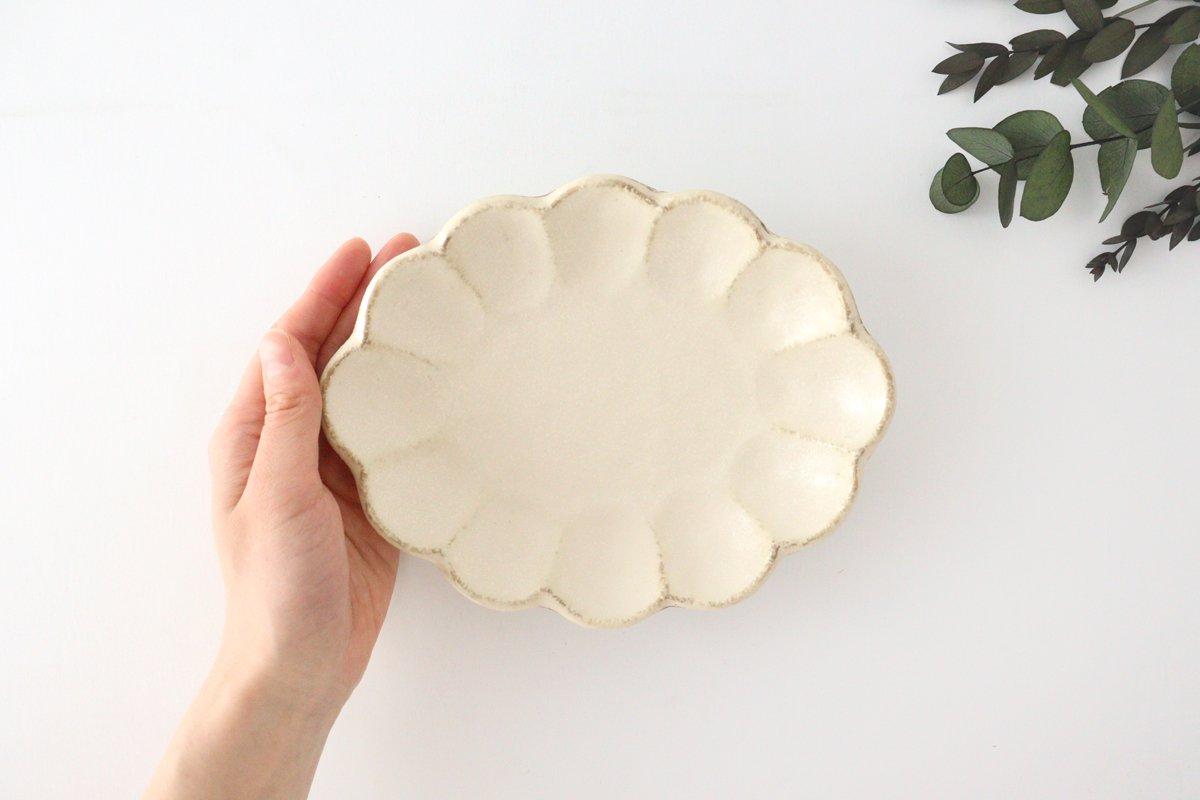 美濃焼 菊花 楕円皿 白 磁器 画像4